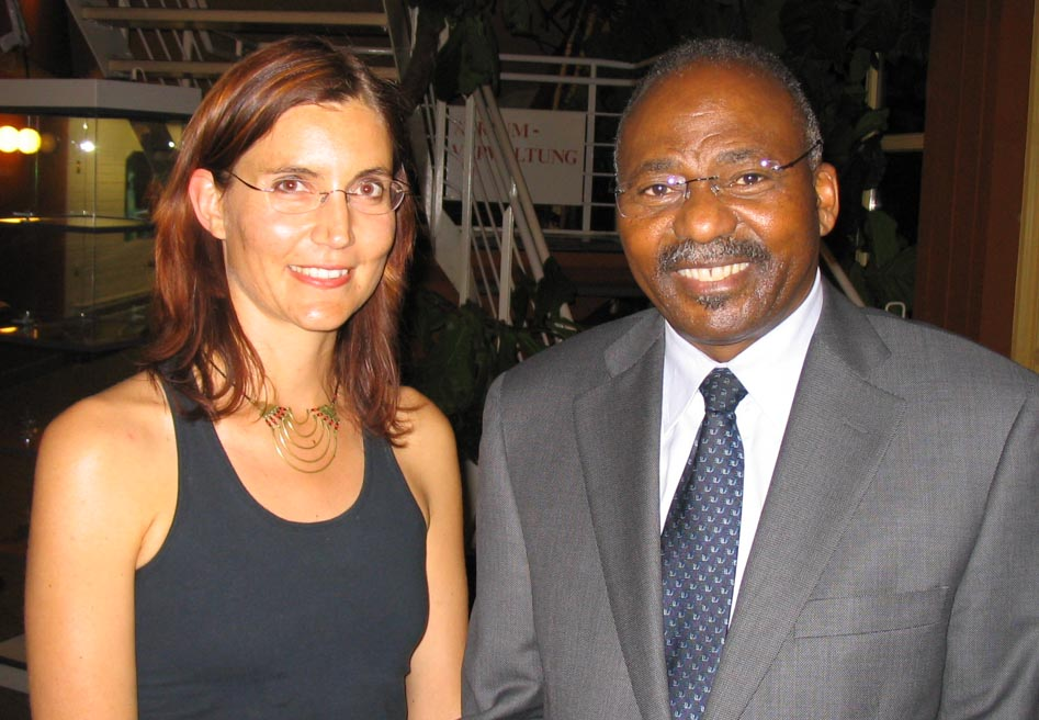 Imke Rust with his Excellency, the Ambassador of Namibia in Berlin, Prof. Dr Peter Katjavivi at my exhibition opening