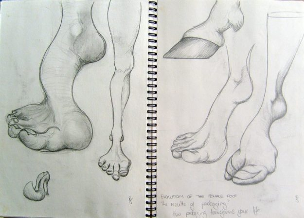 Sketch of horse-shaped foot