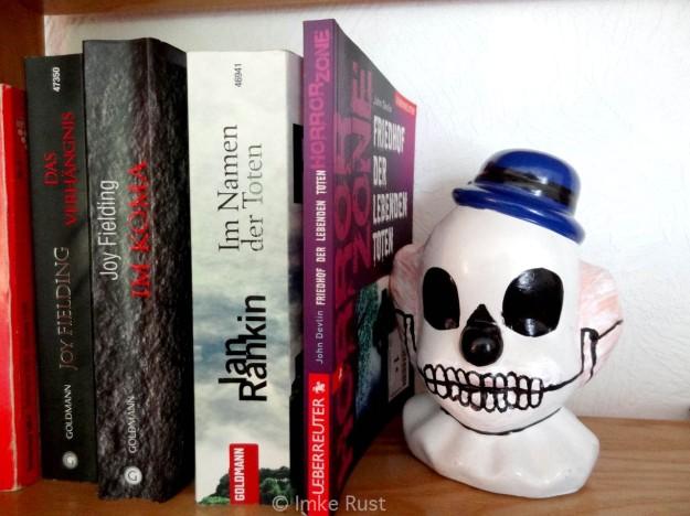 Gruselkabinett - Horror Bookshelve