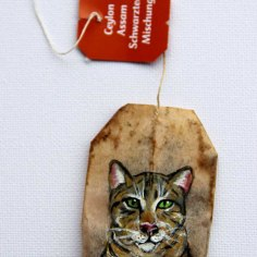 Teabag Totem Series - Brown-striped cat